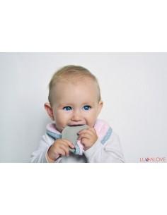 Zestaw 3 śliniaków z kauczukowym gryzakiem PINK supePRO baby hevea